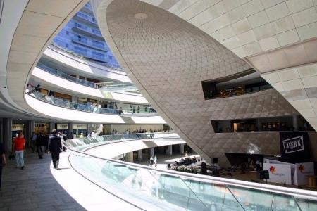 未来风格商场照片案例