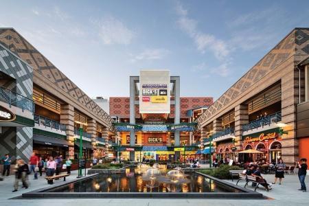 漂亮的购物中心概念