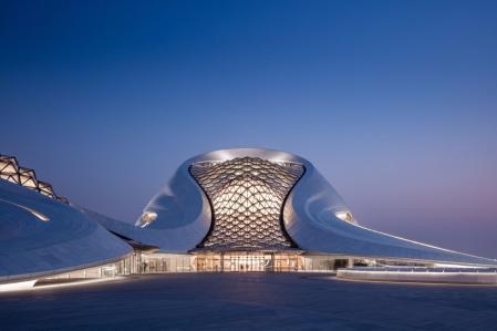 高端未来建筑效果国 设计