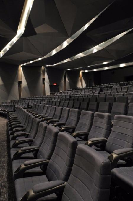 未来感电影院设计灵感来源