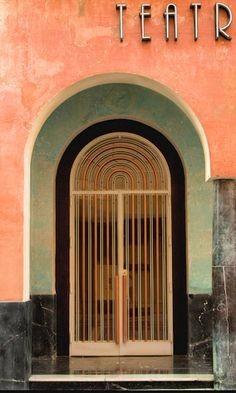 普通装饰门