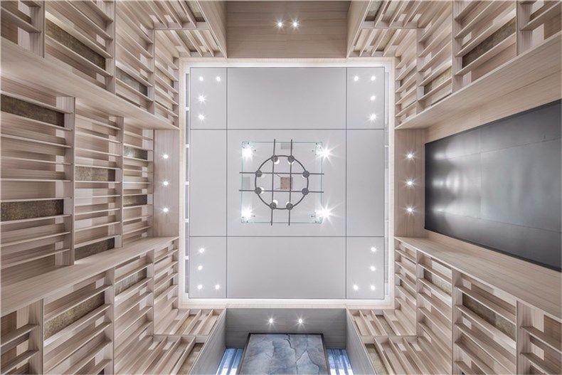 高端售楼处装潢样板房